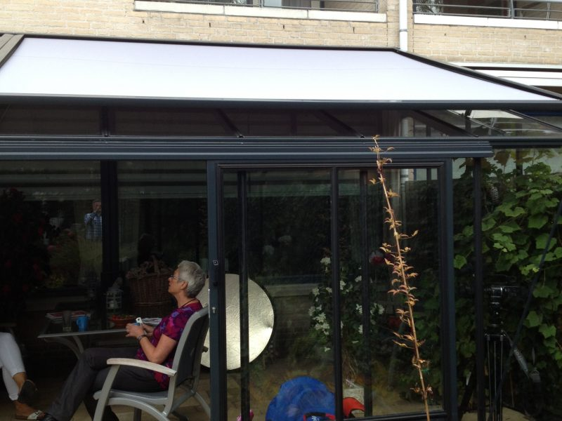 Batist zonwering tuinkamer