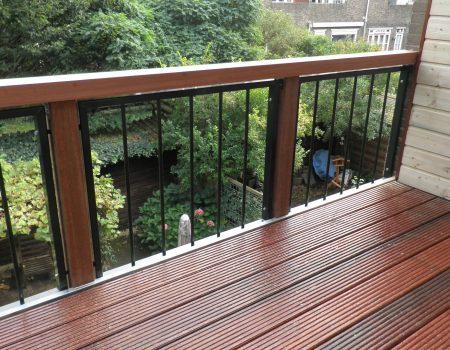 Batist balkon hekwerk